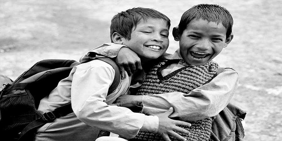 why hugging matters - 365give